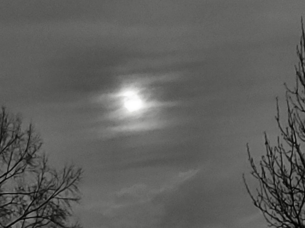 moon over Keoland